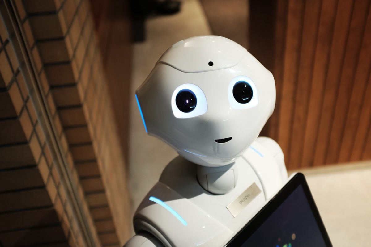 Why You Should Hire A Robot For Small Businesses